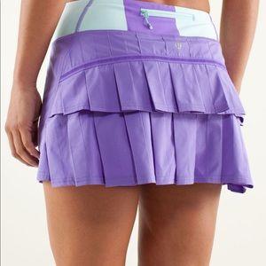 Lululemon 6 tall purple green skirt pockets
